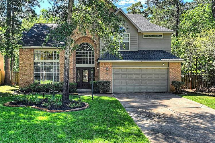 27 Mistyhaven Place, The Woodlands, TX 77381