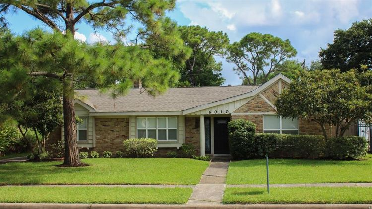 6010 Arboles Drive, Houston, TX 77035 - Image 1