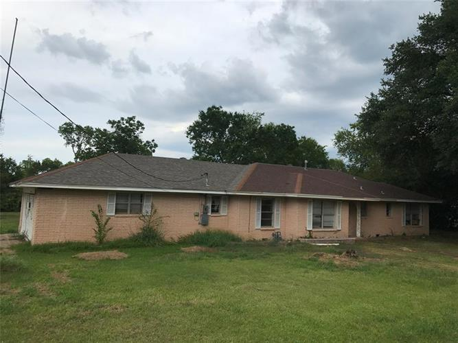 434 7th Street, Normangee, TX 77871