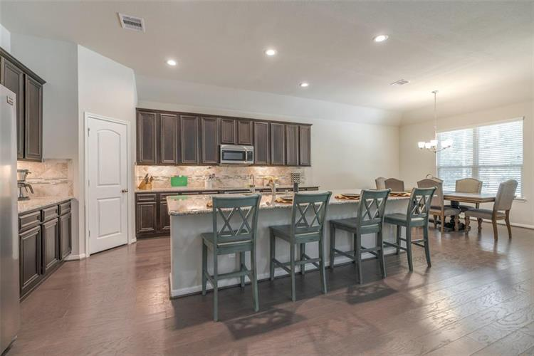 4543 Axis Trail, Conroe, TX 77303