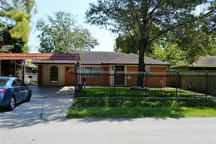 4318 Cornell Street, Houston, TX 77022