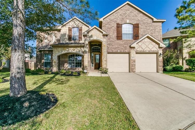 8607 Bright Angel Lane, Cypress, TX 77433