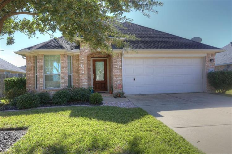 7708 Lakeside Manor Lane, Pearland, TX 77581 - Image 1