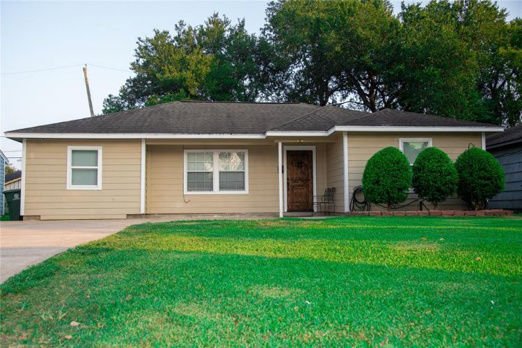 306 Maroby Street, Houston, TX 77017 - Image 1