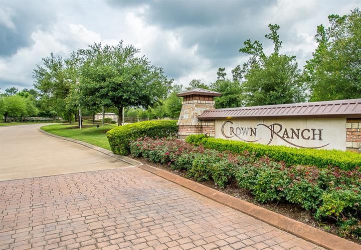 26223 Crown Ranch Boulevard, Montgomery, TX 77316