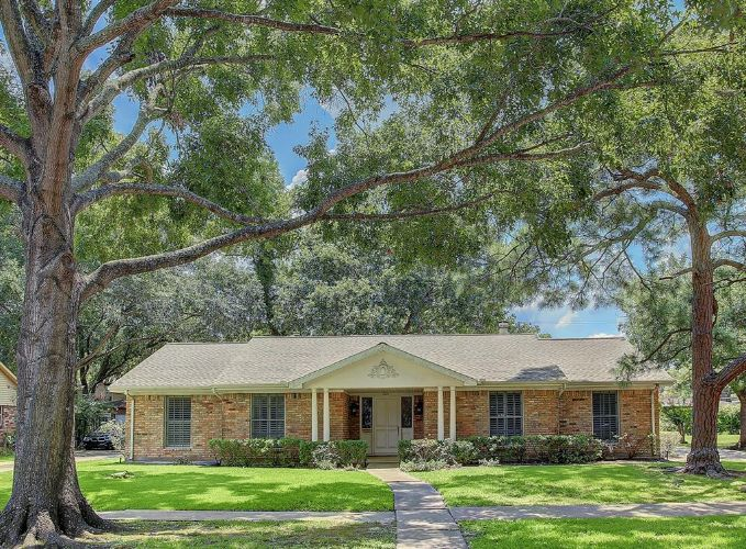 5327 Jackwood Street, Houston, TX 77096 - Image 1