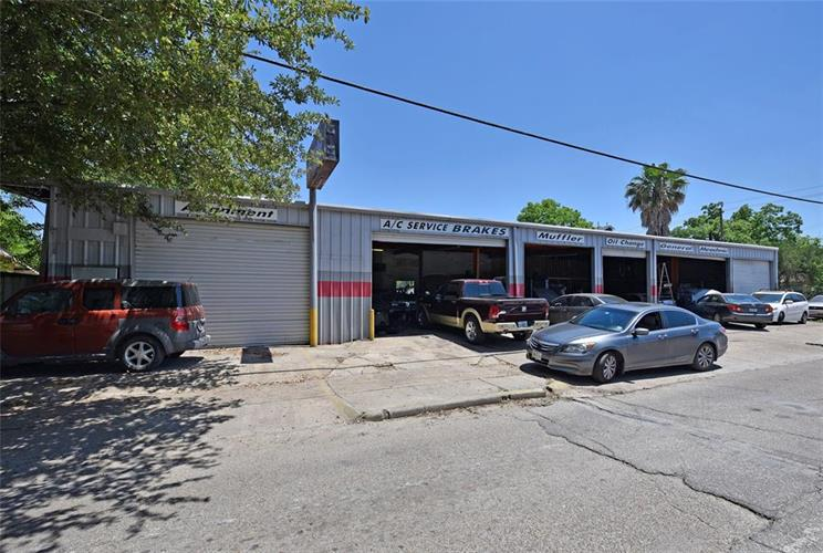 4701 Sherman Street, Houston, TX 77011 - Image 1