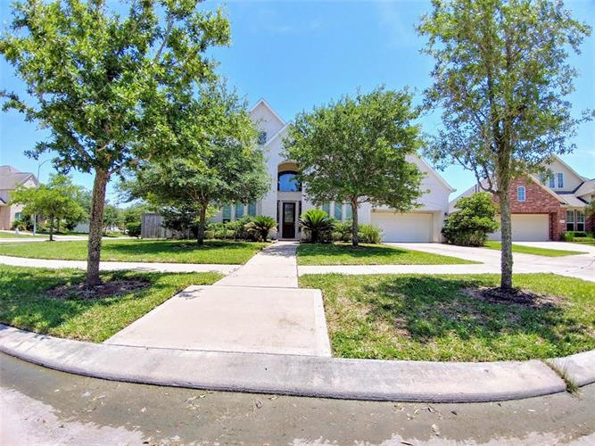 4603 Red Hawk Court, Sugar Land, TX 77479