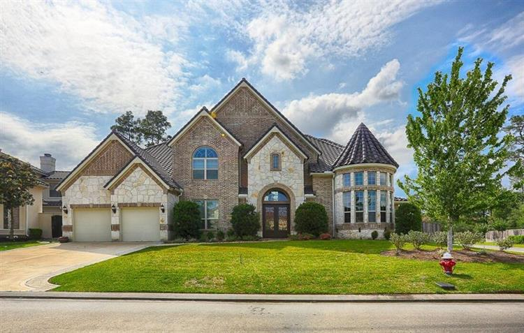 9502 Martha Springs Drive, Houston, TX 77070 - Image 1