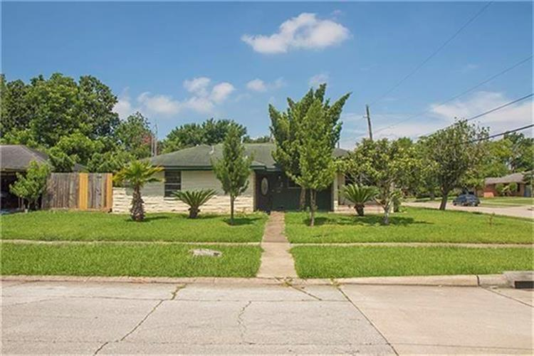 2110 Vinita Street, Houston, TX 77034