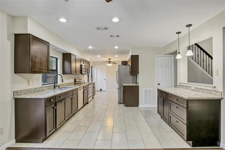 4 Coralberry Road, The Woodlands, TX 77381 - Image 1