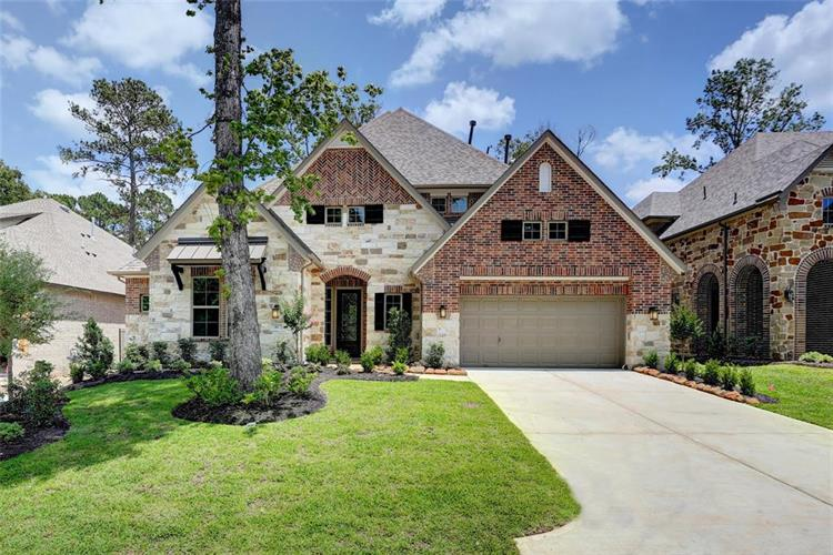81 Winter Sunrise Circle, The Woodlands, TX 77375