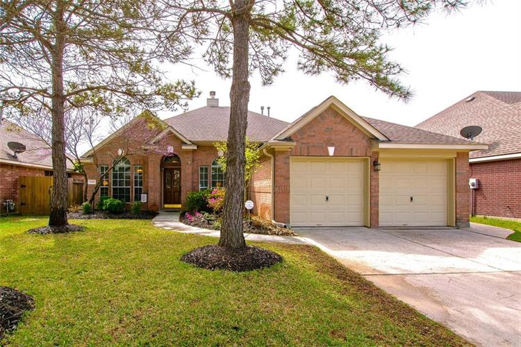 13118 Yaupon Holly Lane, Houston, TX 77044