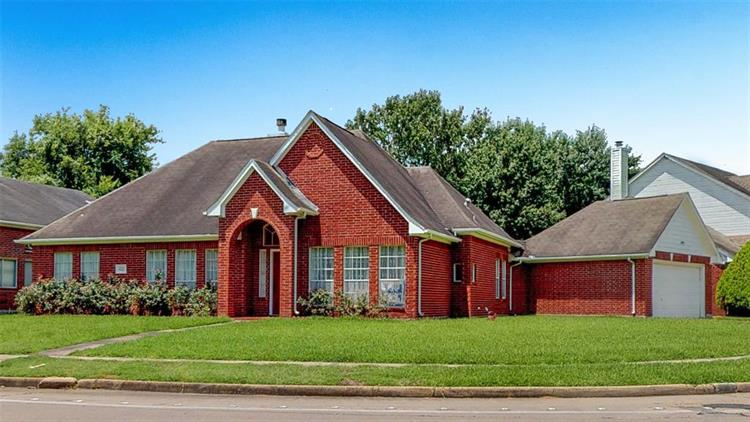 4022 Mission Valley Drive, Missouri City, TX 77459 - Image 1