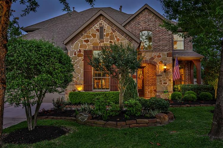 102 Dewberry Place, Montgomery, TX 77316