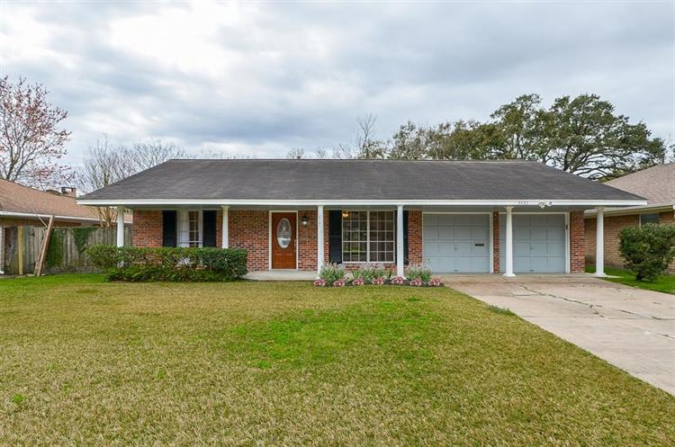 5455 Redstart Street, Houston, TX 77096 - Image 1