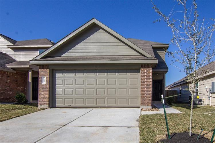 376 North Meadows Drive, Willis, TX 77378 - Image 1