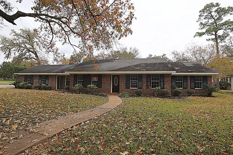 101 Royal Court, Friendswood, TX 77546 - Image 1
