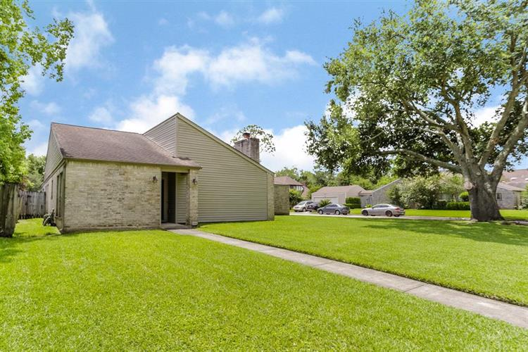 2331 Bright Meadows Drive, Missouri City, TX 77489 - Image 1