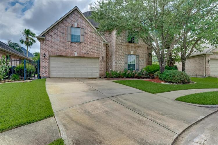 8706 Rippling Water Drive, Sugar Land, TX 77479 - Image 1