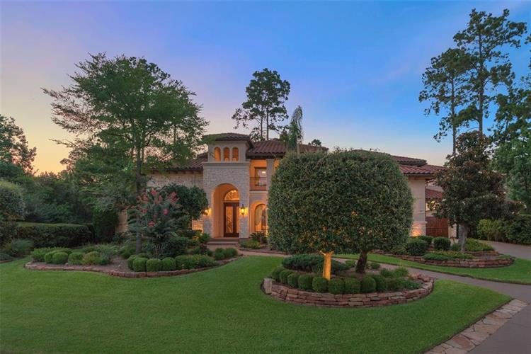 39 N Lamerie Way, The Woodlands, TX 77382 - Image 1