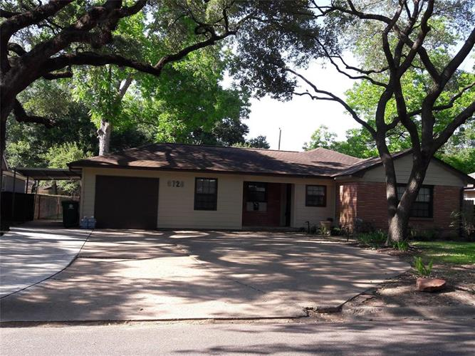 9726 Pine Lake Drive, Houston, TX 77055