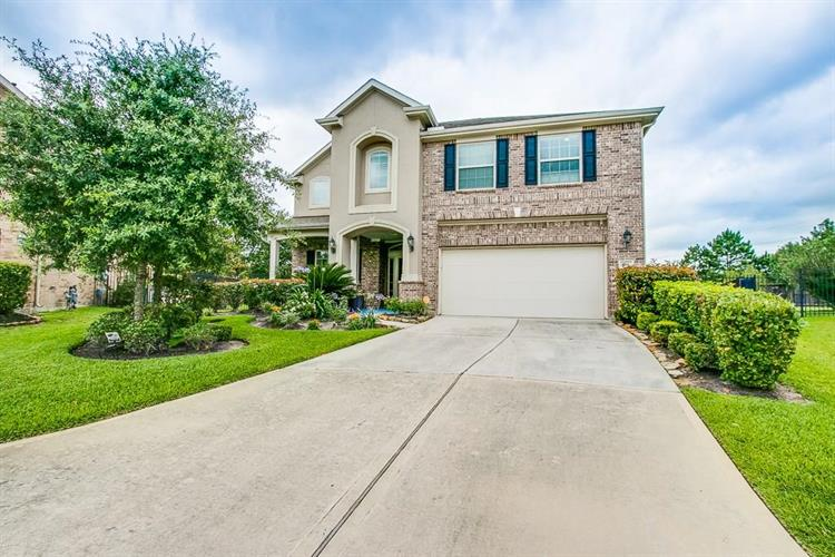 158 Pinto Point Place, Spring, TX 77389