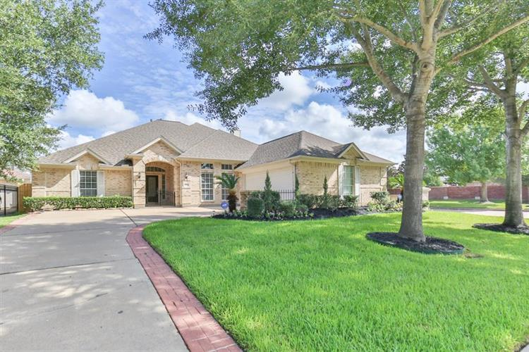 14002 Briar Heath Drive, Houston, TX 77077 - Image 1