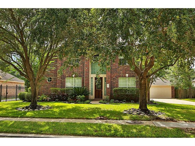 18111 Courtly Estates Lane, Cypress, TX 77429
