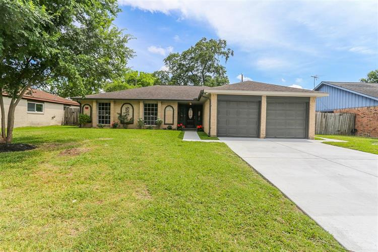 11307 Sagearbor Drive, Houston, TX 77089