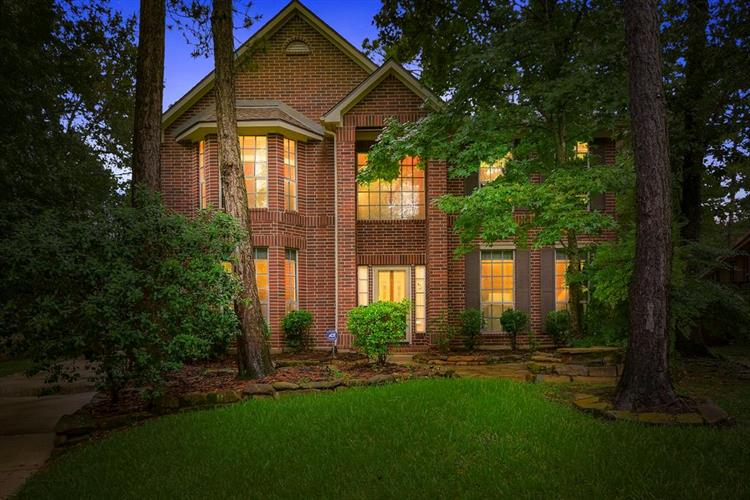 2 Wind Harp Place, The Woodlands, TX 77382