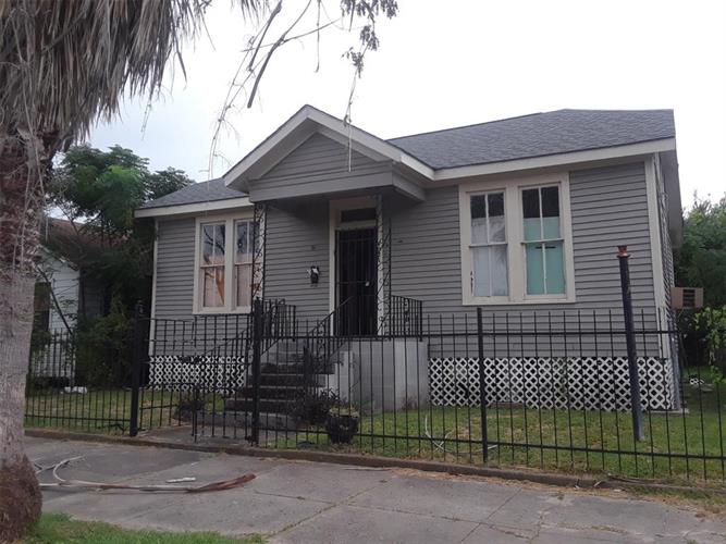 4021 Avenue, Galveston, TX 77550 - Image 1