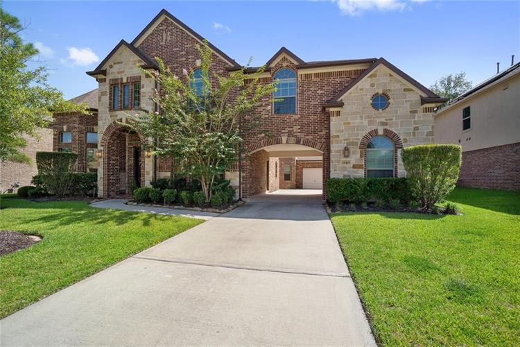 28419 Buttercup Cove Lane, Spring, TX 77386