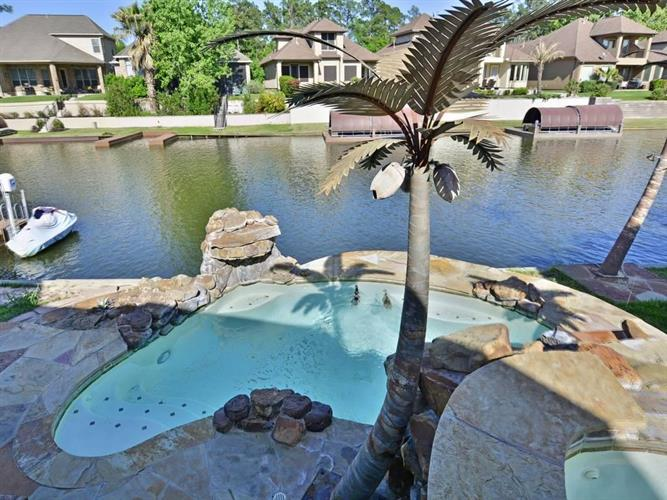 9332 Old River Court, Montgomery, TX 77356 - Image 1