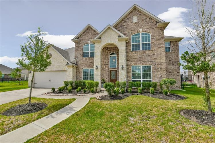 20303 Fossil Valley Lane, Cypress, TX 77433