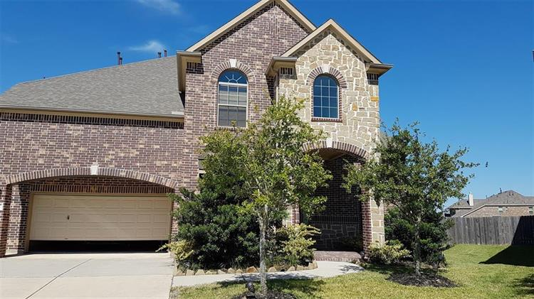 622 Whitney Oaks Lane, Stafford, TX 77477