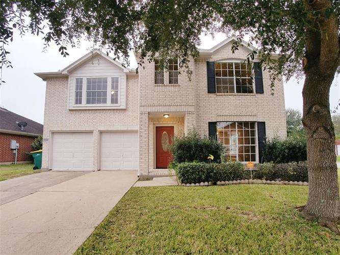 2202 Day Drive, Pearland, TX 77584
