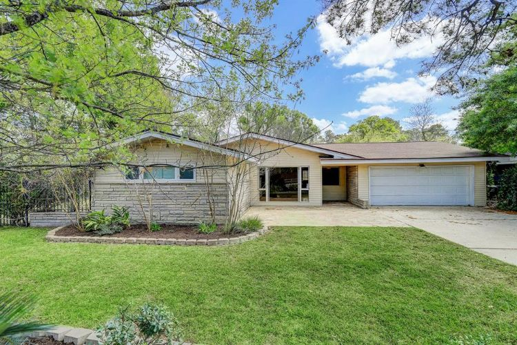 8423 Westview Drive, Houston, TX 77055 - Image 1