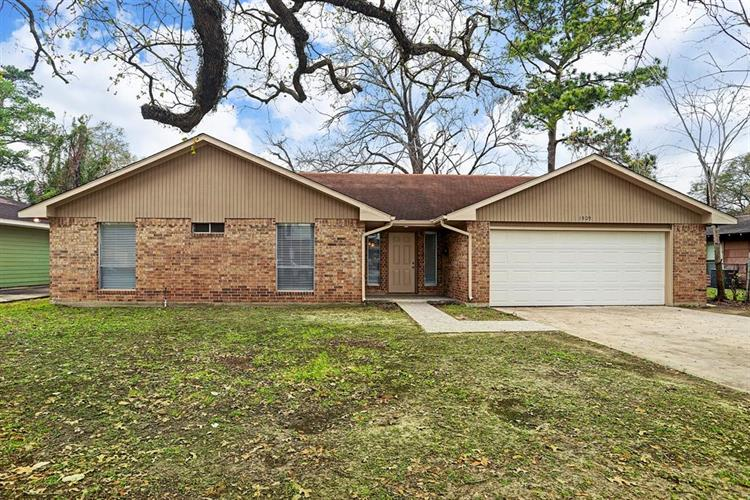 1509 Auline Lane, Houston, TX 77055 - Image 1