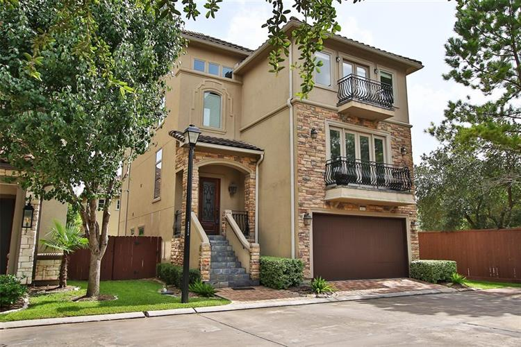 5523 Roslyn Court, Houston, TX 77081 - Image 1