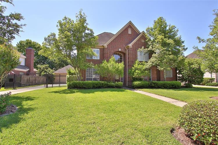 5534 Honor Drive, Houston, TX 77041
