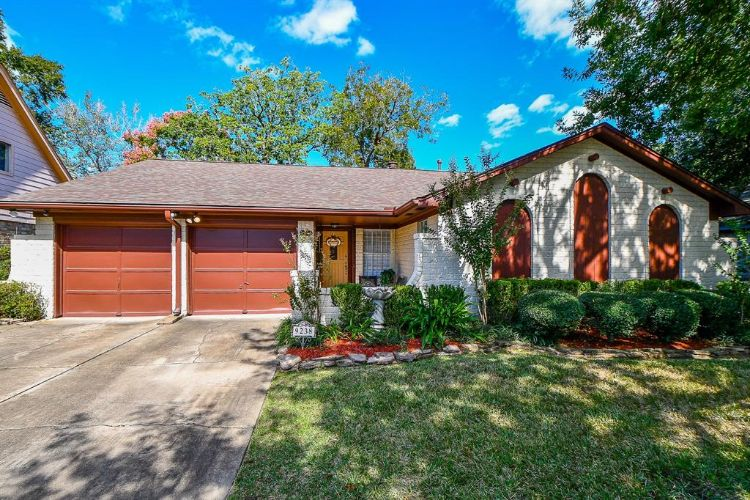 9238 Kempwood Drive, Houston, TX 77080 - Image 1