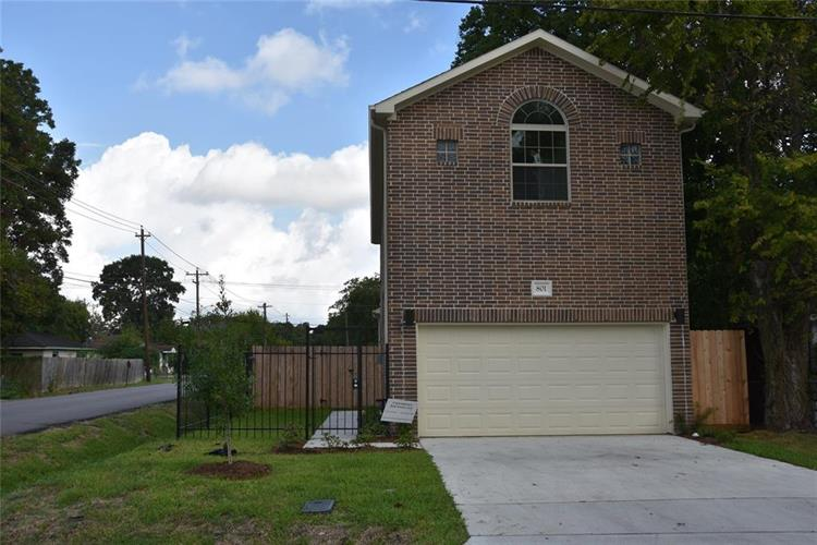 801 E 40th, Houston, TX 77022 - Image 1
