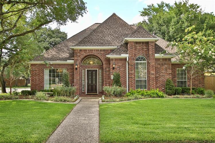 5122 Evergreen, Bellaire, TX 77401