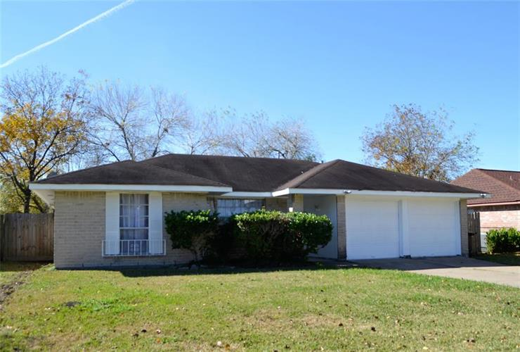 12110 Pompton Drive, Houston, TX 77089 - Image 1