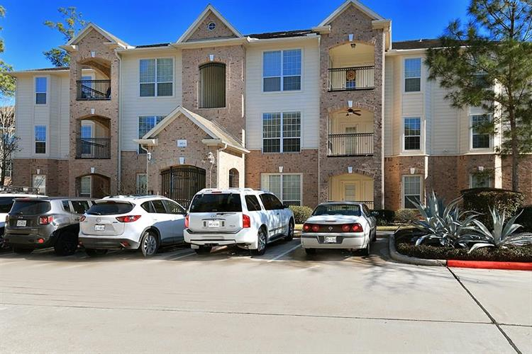 6607 Lake Woodlands Drive, The Woodlands, TX 77382