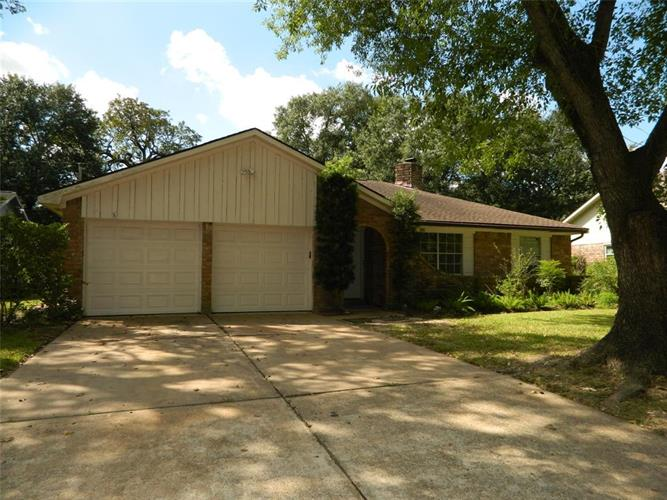 7430 Tall Pines Drive, Houston, TX 77088 - Image 1