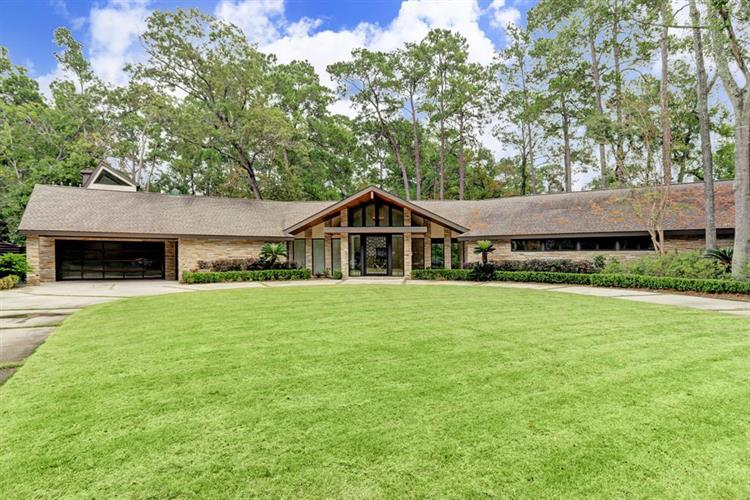 30 Patti Lynn Lane, Houston, TX 77024 - Image 1