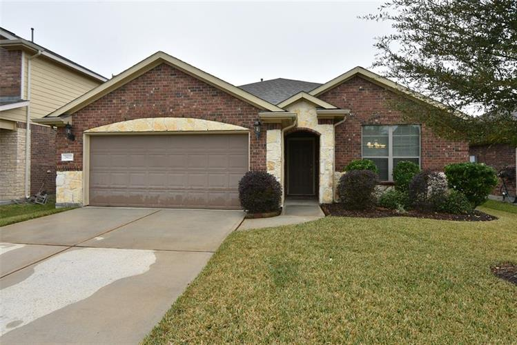 28627 Lockeridge Springs Drive, Spring, TX 77386 - Image 1