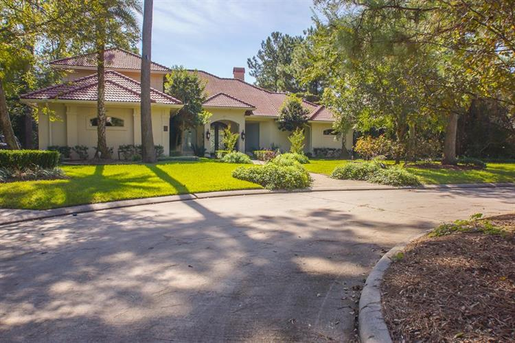 47 Summerwalk Place, The Woodlands, TX 77381